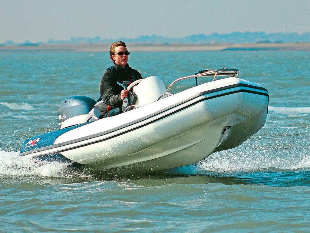 Avon 340 Seasport Deluxe